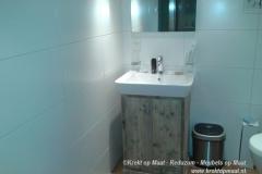 Krekt_op_Maat_Sanitair_Toiletmeube_Steigerhout