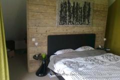 Krekt_op_Maat_slaapkamer_inloopkast_roomdevider_steigerhout