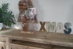 kerstboom-relatiegeschenk-kerstpakket-steigerhout
