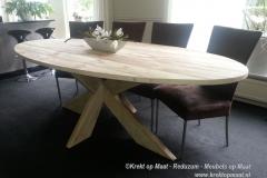 Krekt_op_Maat_ovale_tafel_steigerhout_kruispoot