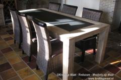 Krekt_op_maat_tafel_natuursteen_steigerhout