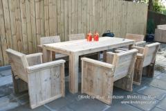 Krekt_op_Maat_tuinset_tafel_stoelen_steigerhout