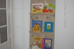 Krekt_op_Maat_leesplank_boekenplank_letterplank_folderplank_flyerplank_steigerhout